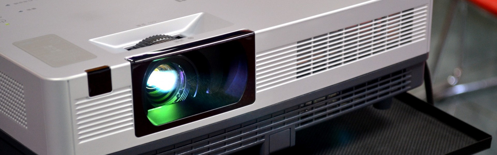 Epson and Hitachi Projectors for Sales, Service and Rental in Chennai